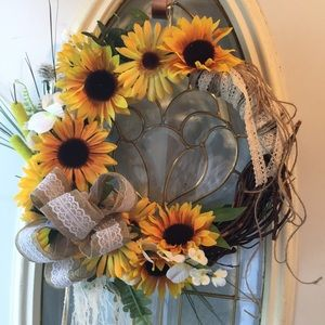 Sunflower Grapevine Wreath!💕